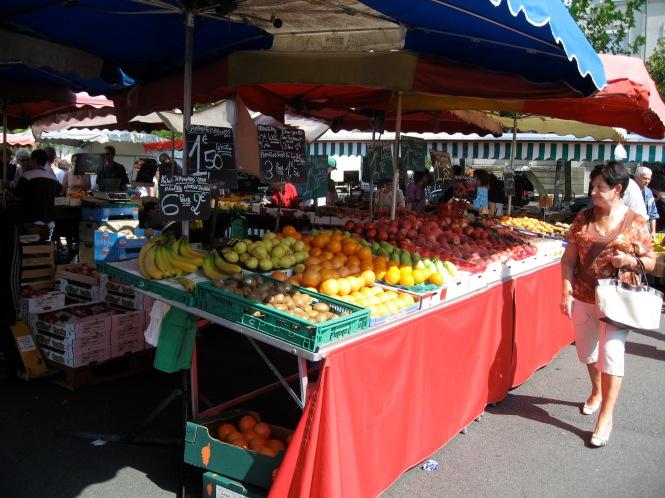 Angers Market 2, Copyright Silverleaf 2015